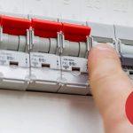 Averías eléctricas del  hogar que puede solucionar un electricista